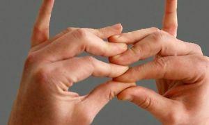 Стенозирующий лигаментит (щелкающий палец) — лечение без операции