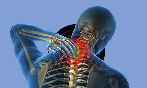 Грыжа шейного отдела позвоночника последствия: причины, ущемление, потеря чувствительности, инсульт, паралич, операционные осложнения, профилактика