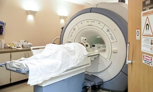 Операция по удалению грыжи шейного отдела позвоночника: показания, классификация, противопоказания, подготовка, осложнения, реабилитация, отзывы