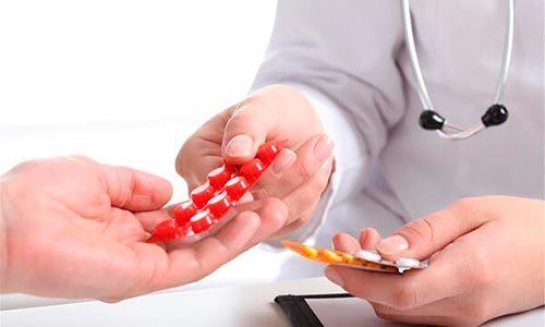 Лечение грыжи поясничного отдела без операции: аппаратные методы, медикаменты